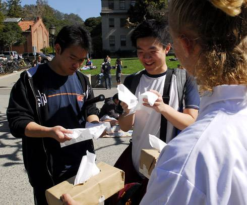 Photo: Greenpeace, who is protesting Kimberly-Clark, the makers of Kleenex, asked students to choose between regular and earth-friendly tissue yesterday on Upper Sproul Plaza.