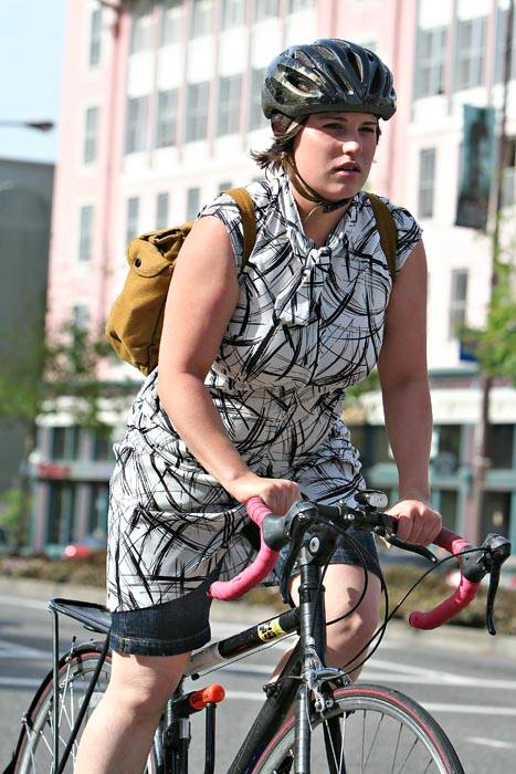 Photo: Liz Reid bikes Monday through Friday to UC Berkeley's School of Public Health, where she works as admissions coordinator.