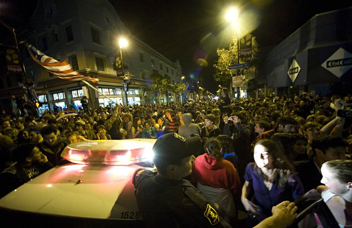 Photo: Thousands of people stormed the streets of Berkeley after the election was called for Barack Obama. One crowd blocked off traffic at the intersection of Telegraph Avenue and Bancroft Way.