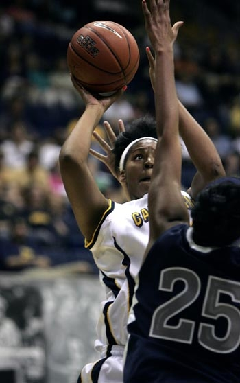 Photo: Senior Ashley Walker took home tournament MVP honors after posting consecutive 30-plus-point games for the Bears.