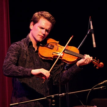 Photo: Violinist Mads Tolling played with his quartet at Yoshi's Oakland on Tuesday night.