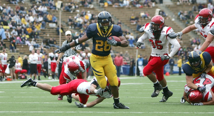 Photo: <b>Covaughn DeBoskie-Johnson</b> rushed for nearly 100 yards in the fourth quarter alone, posting 92 yards and a touchdown. Cal amassed 342 yards on the ground on Saturday.