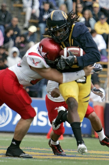 Photo: <b>Cornerback Syd'Quan Thompson</b> will have his hands full with Minnesota receiver Eric Decker. Decker had 1,074 receving yards in 2008.