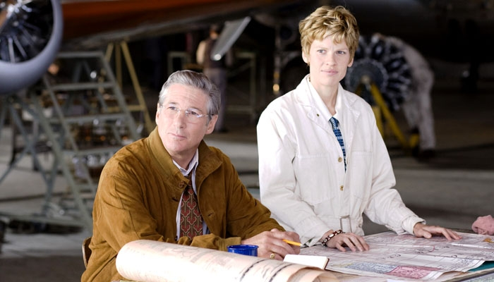 Photo: Freefallin'. Much of Mira Nair's 'Amelia' focuses on the romance between George Putnam (Richard Gere) and Amelia Earhart (Hilary Swank).