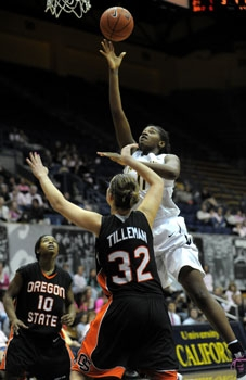 Photo: <b>Freshman DeNesha Stallworth</b> led the Bears in scoring on Saturday against the Cougars. Stallworth went 10-for-16 for 26 points and also had 11 rebounds in the effort.