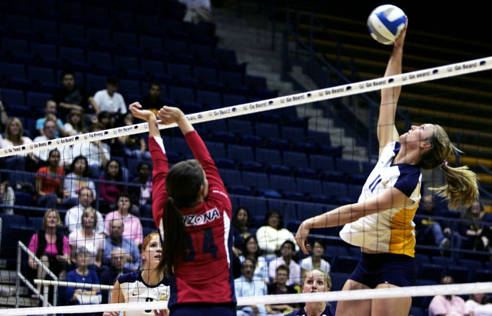 Photo: Sophomore middle hitter Kat Brown has 12 block assists and 20 kills in her nine sets played for the Bears. Her average of 1.33 blocks per set is second-best on the squad.
