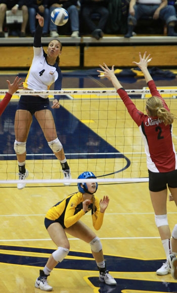 Photo: Outside hitter Tarah Murrey soars for the ball in a four-set win over No. 2 Stanford in Friday's Big Spike. The junior had 24 kills and nine digs for No. 4 Cal at Haas Pavilion.