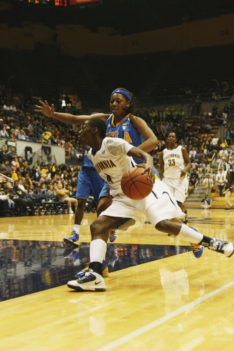 Photo: Eliza Pierre scored eight points on 4-for-4 shooting in Cal's loss to UCLA on Saturday. The sophomore guard, who leads the Pac-10 in steals, had two thefts on the afternoon.