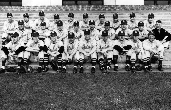 Photo: The 1947 Cal baseball team