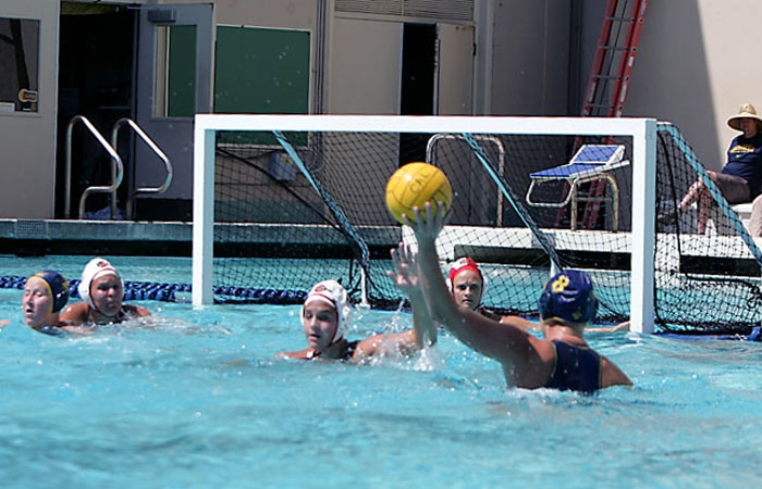Photo: Breda Vosters led all scorers with six goals in Cal's 15-12 victory over San Diego State last Saturday.