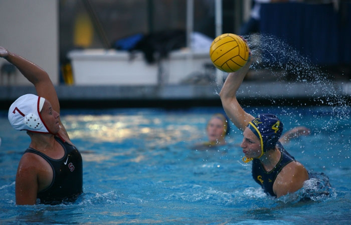 Photo: Cal junior driver Emily Csikos looks for a shot against Stanford's Kim Krueger. Csikos was held scoreless in the Big Splash.