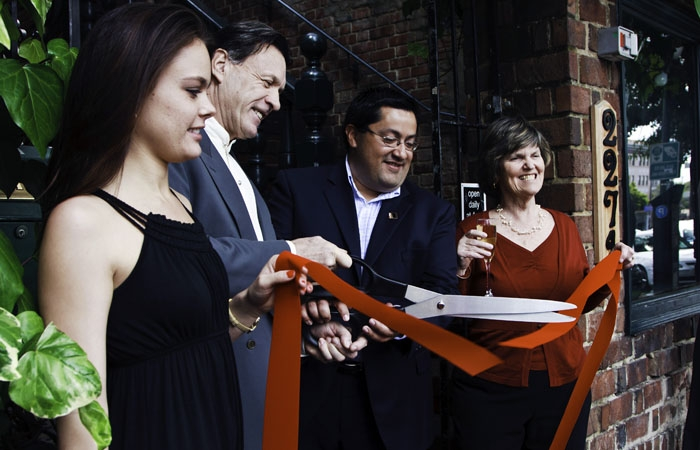Photo: BEC's Bar & Bistro Entertainment's grand opening featured a ribbon-cutting ceremony at its Downtown Berkeley location.