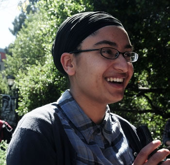 Photo: UC Berkeley freshman Kanwalroop Singh collected oral histories from survivors for the 1947 Partition Archive.