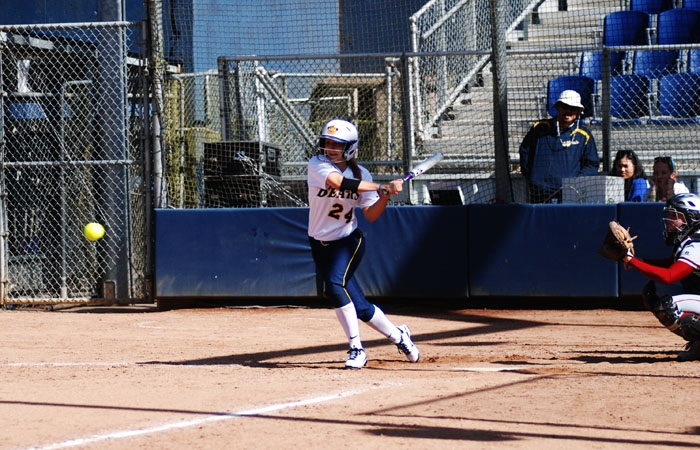 Photo: Freshman left fielder LaRisa Jones went 1-for-3 at the plate against Santa Clara, driving in a pair of runs.